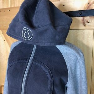 lululemon   scuba hoodie grey and charcoal 10